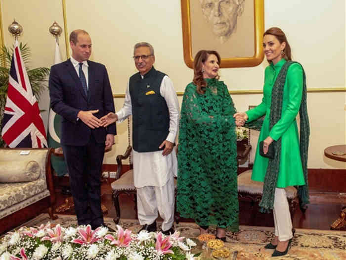 प्रिंस विलियम और उनकी पत्नी केट ने पाक पीएम से की मुलाकात,बचपन में इमरान खान के साथ क्रिकेट खेल चुके हैं प्रिंस