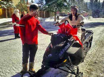 Nick Jonas Christmas gift for Priyanka Chopra: निक से मिले क्रिसमस गिफ्ट प्रियंका ने शेयर की तस्वीरें