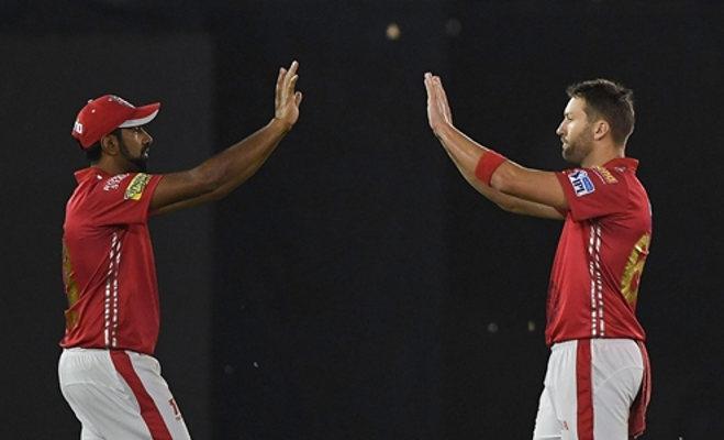 ipl 2018 : आखिरी गेंद पर छक्का लगाकर भी हार गए धोनी,पंजाब ने 4 रन से जीता मैच