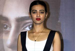 प्रियंका और दीपिका के बाद अब राधिका आप्टे ने भी साइन की ये दो इंग्लिश फिल्में, कहा हॉलीवुड इस मामले में बॉलीवुड से बेहतर