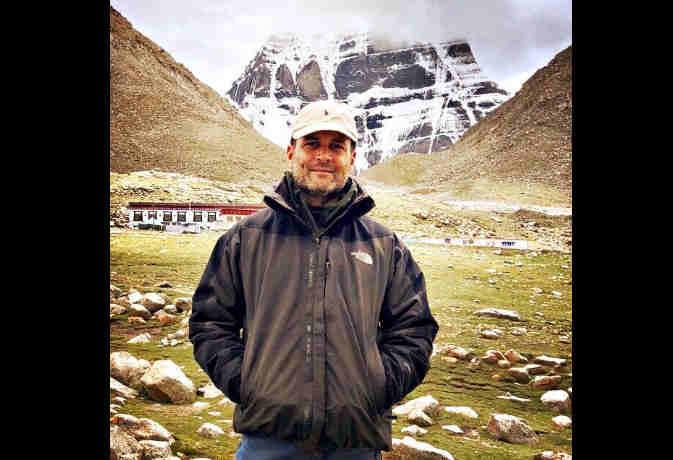 राहुल गांधी 463 मिनट में चले 46,433 कदम, बेहद अलग है उनका जींस-जैकेट वाला ये अंदाज