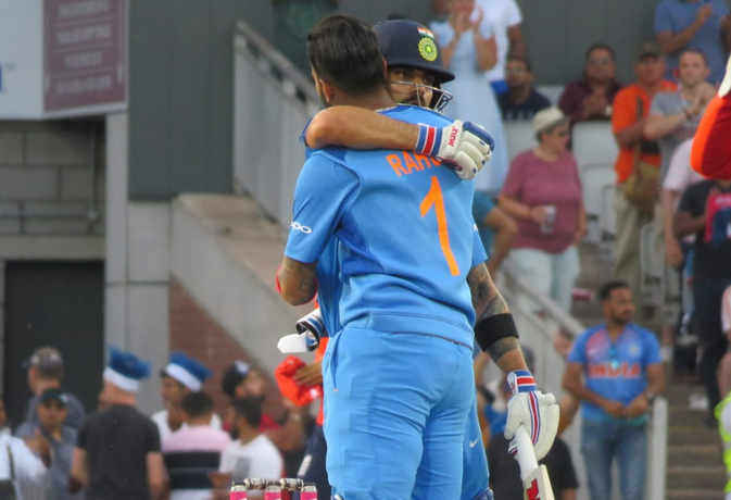 विराट छूटे जा रहे पीछे, अपने ही कप्तान से टी-20 के हर रिकॉर्ड में आगे हैं केएल राहुल