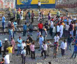 #AmritsarTrainAccident में ड्राइवर को लेकर रेलवे की सफार्इ, लाइन पर रोकी गर्इ रेल सेवा