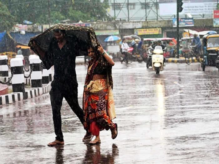 Weather Alert: उत्तर भारत में अचानक से बदला माैसम, यूपी-दिल्ली समेत इन राज्यों में कहीं बूंदाबांदी तो कहीं होगी भारी बारिश