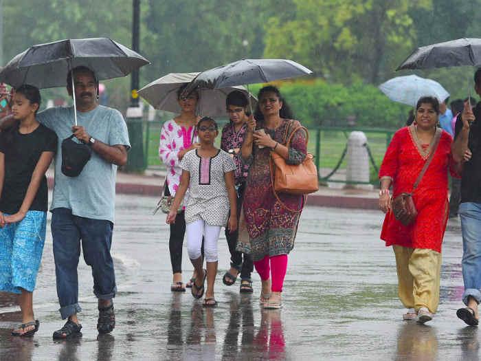 weather alert: यूपी-दिल्ली में होगी बारिश,कोहरे व ठंड से बेहाल रहेगा उत्तर भारत