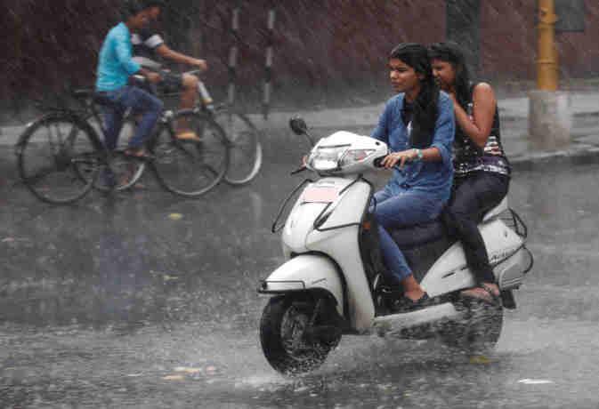 भारत में मौसम का हाल! राजस्थान में खिलेगी धूप तो यूपी होगा बारिश में बेहाल