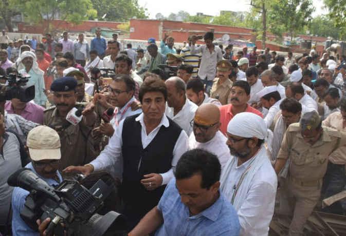 संसदीय क्षेत्र में हादसा पीएम मना रहे जश्न : राज बब्बर