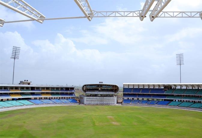 राजकोट में आज मैच खत्म होने तक मोबाइल इंटरनेट पर बैन, छावनी में बदला स्टेडियम
