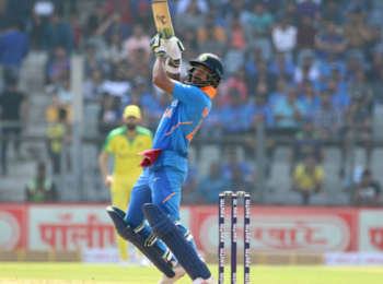 India vs Australia 2nd ODI Weather Forecast: जानें राजकोट का कैसा रहेगा मौसम, क्या बारिश बिगाड़ेगी खेल?