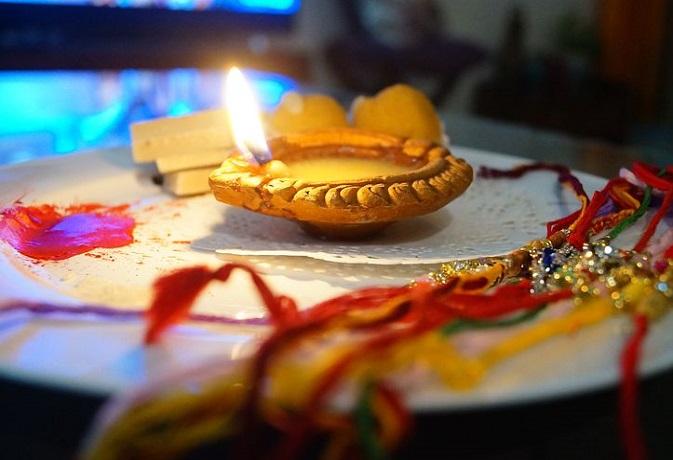 26 अगस्त को रक्षाबंधन पर बन रहा है अद्भुत संयोग, जानें शुभ मुहूर्त और पूजा विधि