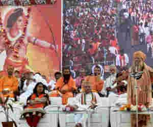 दिल्ली धर्मसभा में उठी मांग, शीतकालीन सत्र में ही राम मंदिर निर्माण के लिए कानून लाए सरकार