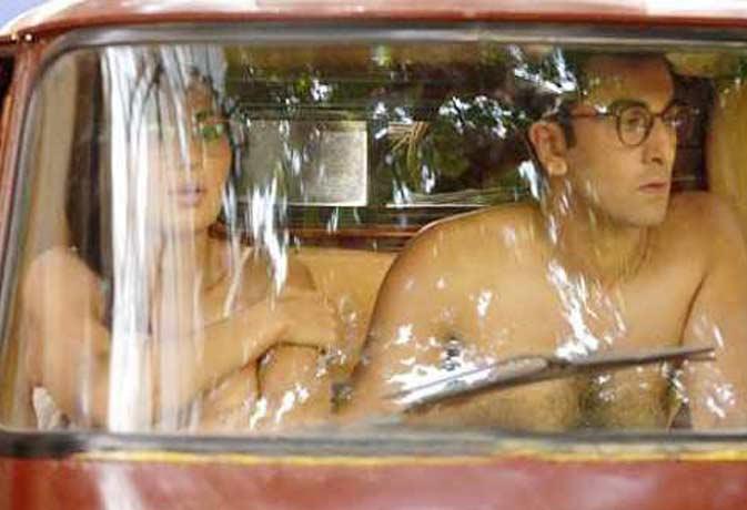 बिना कपड़ों के ऑटो में बैठे मिले रणबीर-कैट, तस्वीर हो गई वायरल