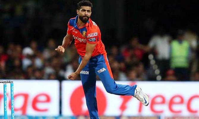IPL 10: रवींद्र जडेजा बने IPL के अर्जुन, रन आउट करने में हैं बेजोड़