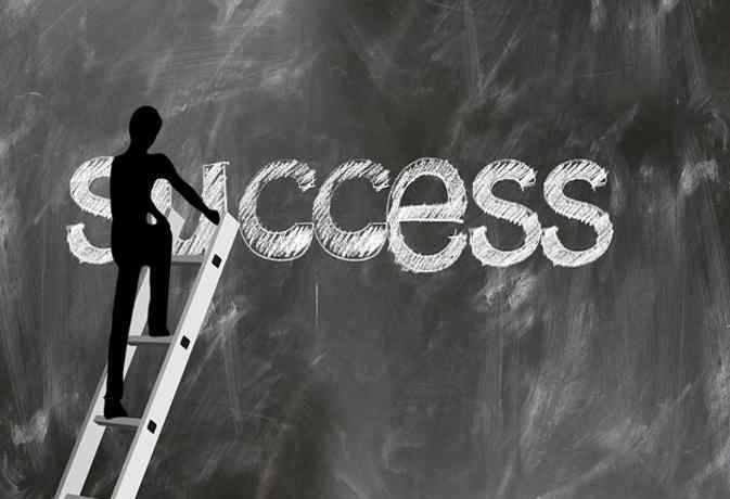 CBSE दसवीं का रिजल्ट जारी : 10वीं के बाद स्ट्रीम सेलेक्शन, करियर की दिशा में बढ़ाएं अपना पहला कदम