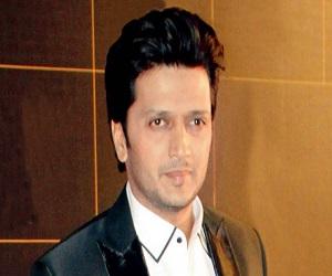 MeToo भूषण कुमार पर उत्पीड़न के आरोपों के बीच रितेश देशमुख बनें टीसीरीज की फिल्म का हिस्सा