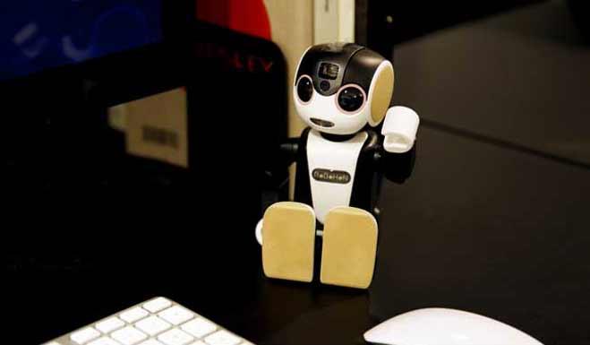 जापान बेच रहा है पॉकेट साइज रोबोट,काम करेगा मोबाइल जैसा