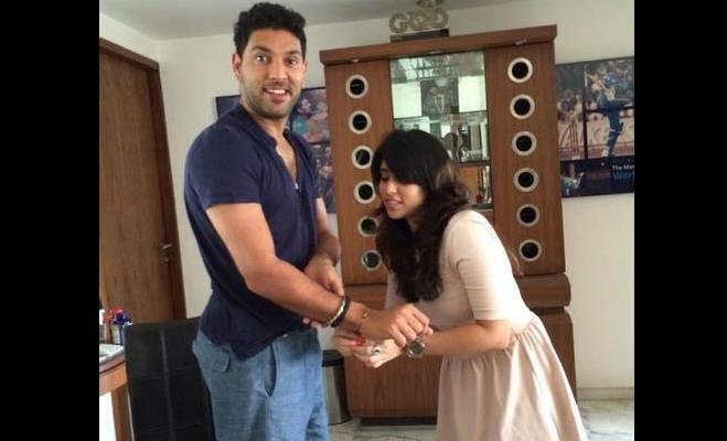 रोहित शर्मा के जीवन में ये दो खिलाड़ी रहे मददगार,एक ने बदला करियर तो दूसरे ने दिलाया प्यार