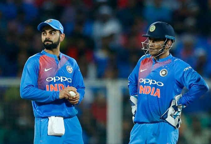फुटकर-फुटकर कप्तानी कर रोहित तो धोनी-विराट से आगे निकल गए,यह रिकॉर्ड बनाने वाले पहले भारतीय कप्तान