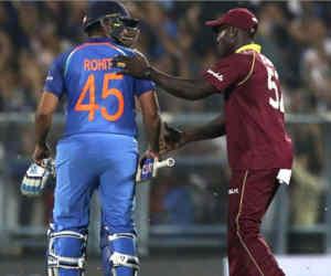 Ind vs Wi टी-20 सीरीज : इस खिलाड़ी ने बिना भागे सिर्फ चौके-छक्के से बना दिया अर्धशतक