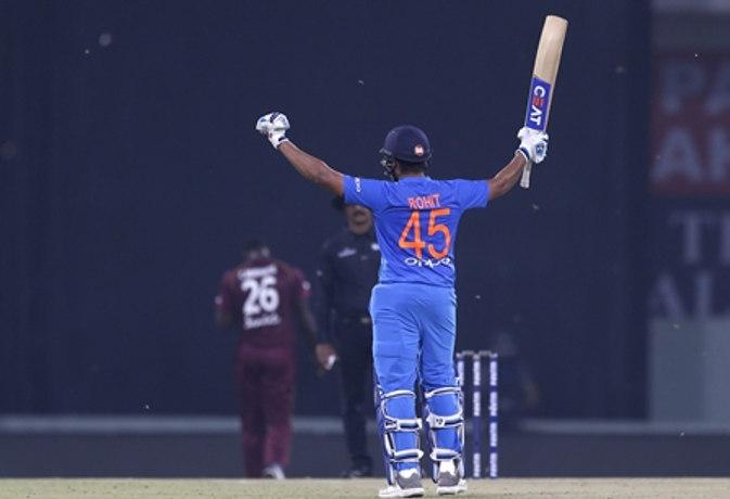 टी-20 में चार शतक लगाने वाले दुनिया के इकलौते बल्लेबाज बने रोहित, कोहली नहीं लगा पाए एक भी