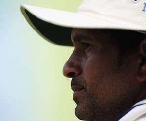 जब टीम थी मुसीबत में तब चाहकर भी बल्लेबाजी करने नहीं आ सके सचिन, दर्शक हो गए थे हैरान