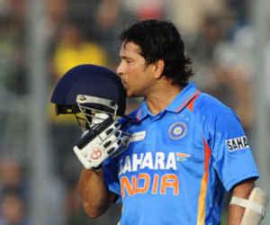 टीम इंडिया के सामने वो कौन सी मजबूरी थी, जिसने सचिन को ओपनर बल्लेबाज बना दिया