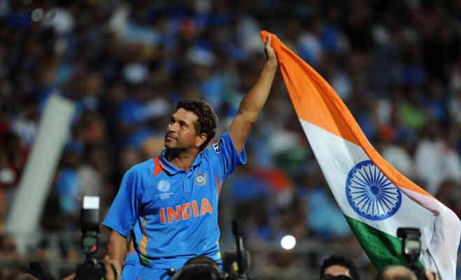 सचिन ने इस खूंखार गेंदबाज के खिलाफ आज ही पूरे किए थे वनडे में 15 हजार रन