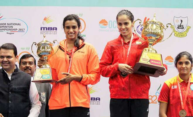 कराटे में चैंपियन रहीं साइना ने बैडमिंटन मैच में ओलपिंक मेडलिस्ट को हराया