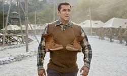KRK ने सिनेमाहॉल में अकेले देखी ट्यूबलाइट! फिर ऐसे उड़ाया सलमान खान का मजाक