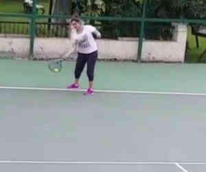 प्रेनेंसी के 7वें महीने में टेनिस खेल रही हैं सनिया मिर्जा, शेयर किया वीडियो