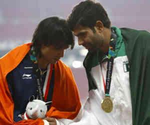 एशियन गेम्स : पाकिस्तान को हराकर नीरज ने जीता गोल्ड तो सानिया मिर्जा ने कर दिया ये ट्वीट