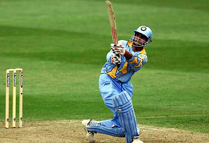 सौरव गांगुली समेत इन क्रिकेटर्स ने अपने टेस्ट डेब्यू में लगाया बेहतरीन शतक