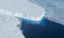 अंटार्कटिक की बर्फ पिघलने से 15 फुट तक ऊंचा हो जायेगा समुद्री स्तर