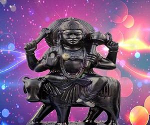 मकर संक्रांति 2019: सूर्य उपासना से मिलेगी शनि के प्रकोप से मुक्ति, दिन-रात की संक्रांति इनके लिए होती है कष्टकारक
