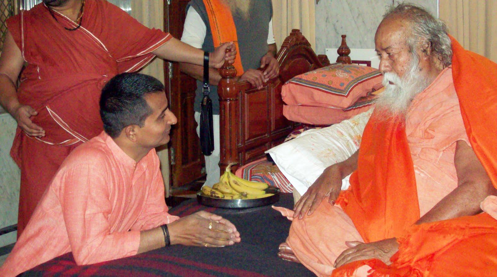 साई बाबा को पुजो तो छोड़ो राम को: शंकराचार्य स्वरूपानंद