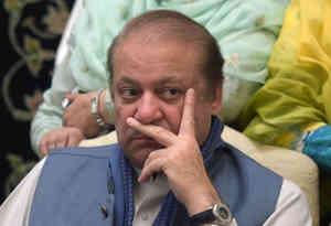 पाकिस्तान : सुरक्षा कारणों के चलते आदियाला जेल से सिहाला के गेस्ट हाउस में शिफ्ट किये जायेंगे नवाज शरीफ और मरियम