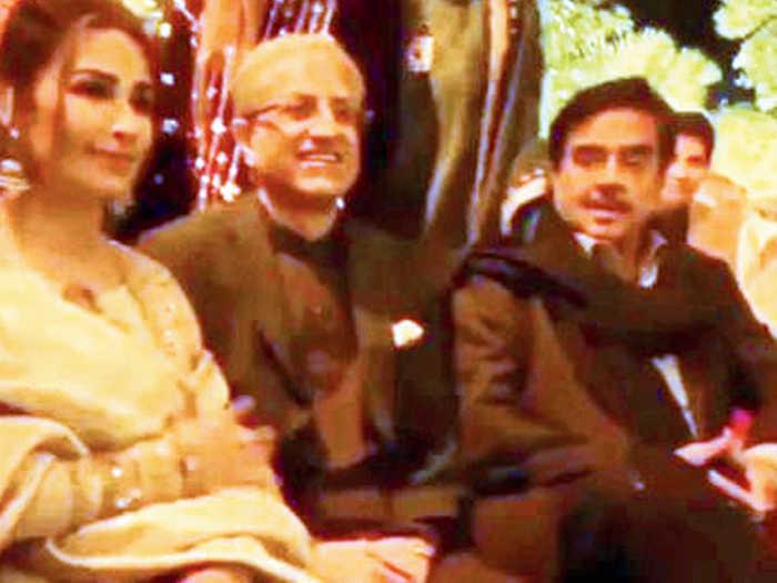 प्रीतम के सुरों पर थिरकीं काजोल,शत्रुघ्न पाकिस्तान में शादी अटेंड करने पर हो रहे ट्रोल