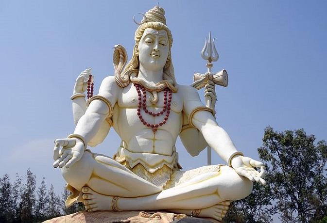 हिन्दू धर्म में उत्तर-पूर्व दिशा की क्या है महत्ता? जानें देवदत्त पट्टनायक से