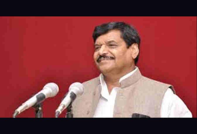 अब सपाई नहीं रहे शिवपाल, स्टेटस बदल खुद को बताया इस पार्टी का लीडर