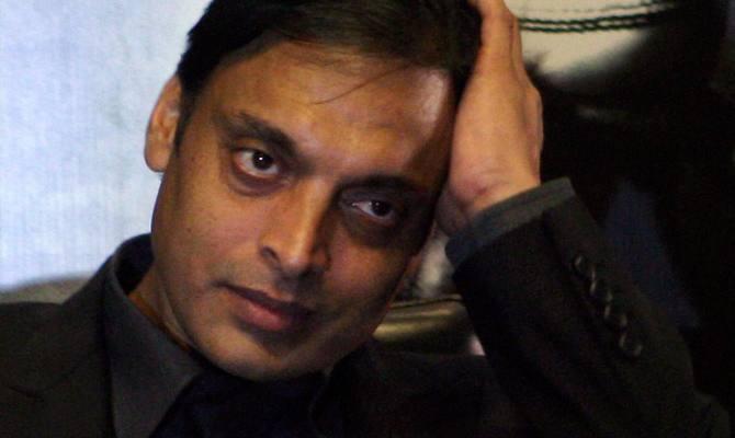 रोहित शर्मा की तारीफ करके बुरे फंसे शोएब अख्तर, क्या क्या सुनने को मिल रहा!
