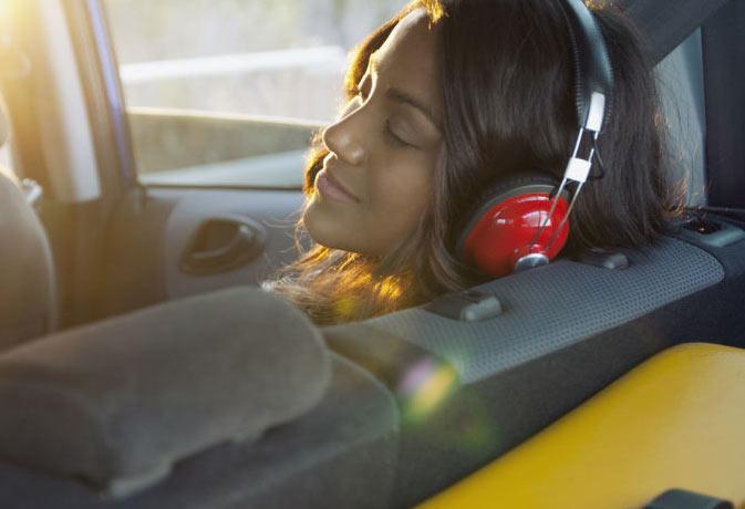 ये म्यूजिक सुनते ही 8 मिनट के अंदर आ जाएगी नींद