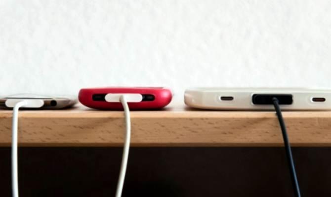स्मार्टफोन चार्ज करते समय इन 5 बातों का जरूर रखें ध्यान,वर्ना अंजाम करेगा परेशान!