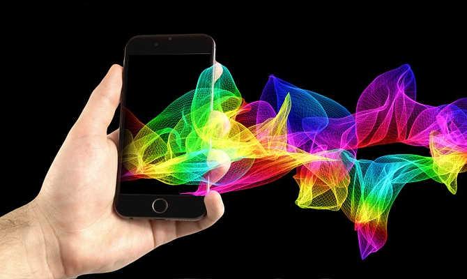 आपके फेवरेट स्मार्टफोन का डिस्प्ले amoled है या lcd,जानिए कौन है सबसे बेहतर?