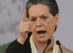 माकन और शीला की खींचतान पर सोनिया गांधी ने दी चेतावनी, पार्टी नेता हार को लेकर न करें तू-तू मैं-मैं
