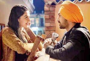 दिलजीत दोसांझ और तापसी पन्नू हॉकी खेलते हुए कर रहे गुपचुप प्यार, देखें 'सूरमा' के इस गाने में इनका रोमांस