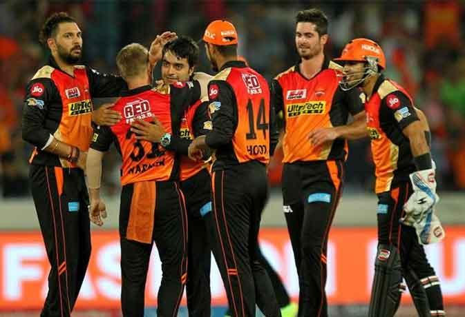 IPL 2017: रोमांचक मुकाबले में सनराइजर्स हैदराबाद ने दिल्ली डेयरडेविल्स को 15 रनों से हराया