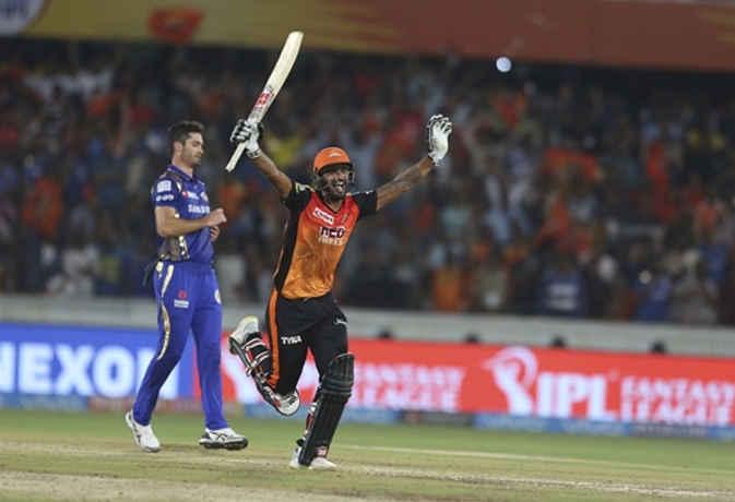 IPL 2018 : आखिरी गेंद पर एक विकेट से हैदराबाद ने जीता मैच, मुंबई इंडियंस को फिर मिली हार