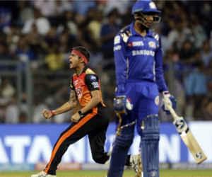 आईपीएल 11 का सबसे कम स्कोर भी चेज नहीं कर सकी मुंबई, हैदराबाद ने 31 रन से हराया