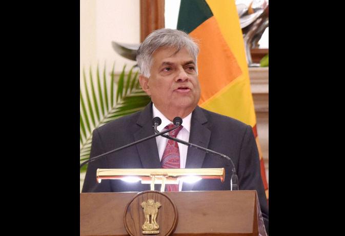 अर्थव्यवस्था की मुश्किलों से जूझ रहे श्रीलंकाई प्रधानमंत्री रानिल विक्रमसिंघे अविश्वास प्रस्ताव का करेंगे सामना