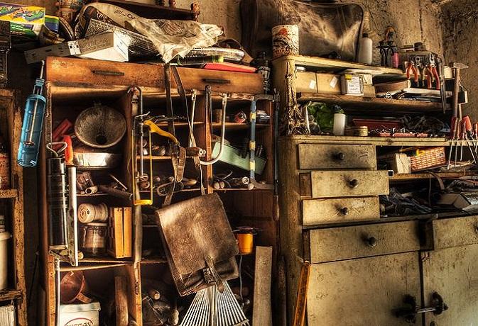 वास्तु टिप्स: गलत दिशा में बना स्टोर रूम जीवन में लाता है असंतुलन